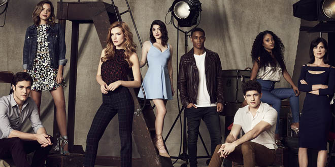 Famous in love - TV Shows #14